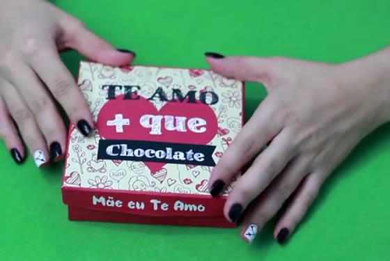 Caixinha de chocolates para o Dia das Mães