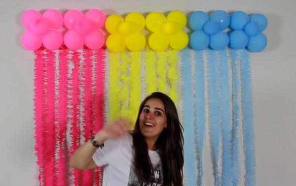 Decoração com Bolas e Papel Crepom para o Dia das Crianças