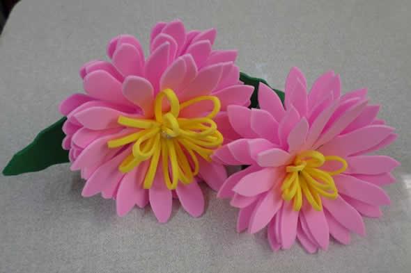 Flores de EVA com Moldes para Decoração