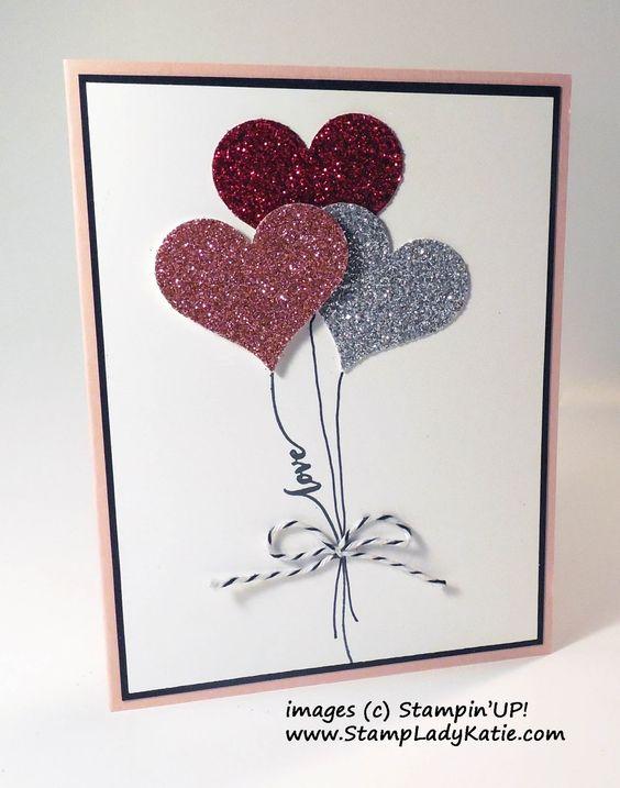 Cartão para o Dia das Mães com eva com glitter e desenhos