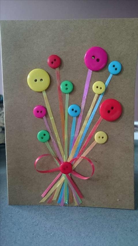 cartão com botões