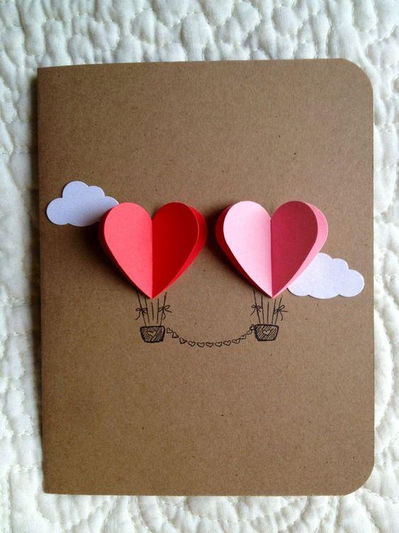 cartão com desenho e corações