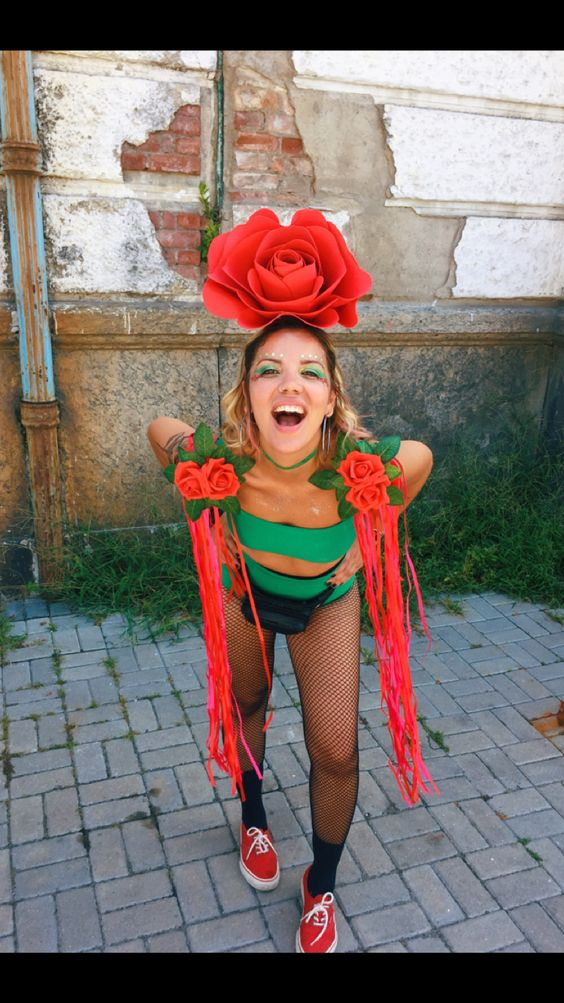 Fantasia de flor vermelha