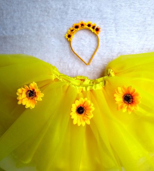 Conjunto tiara e Saia para Fantasia de Flor
